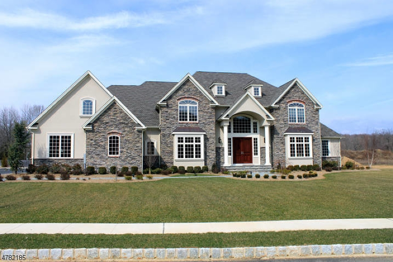 Photo of home for sale at 5 Adams Way, Montville Twp. NJ