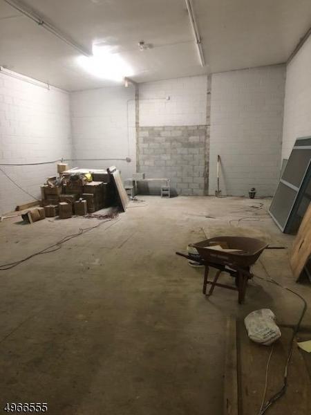 Photo of home for sale at 1013 E GRAND ST, Elizabeth City NJ