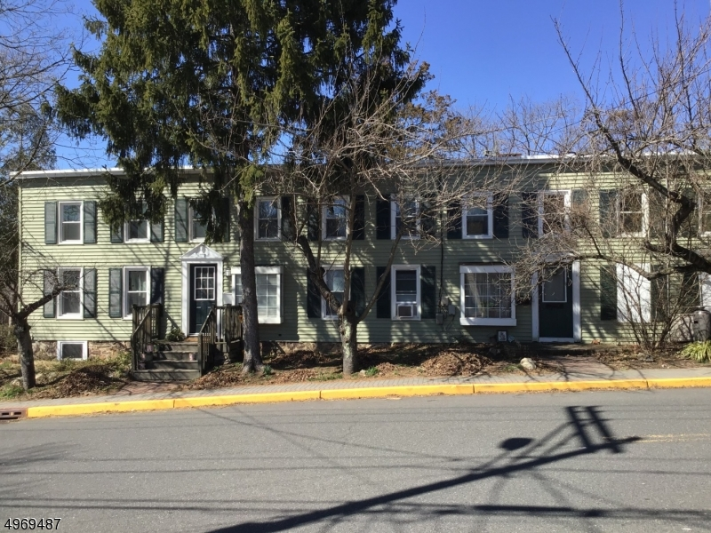 Photo of home for sale at 2 LEIGH&23 LOWER CTR, Clinton Town NJ