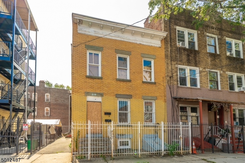 Photo of home for sale at 210 BERKELEY AVE, Newark City NJ