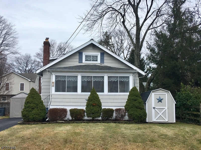 Property for sale at 18 Stewart Pl, Fanwood Boro,  NJ  07023
