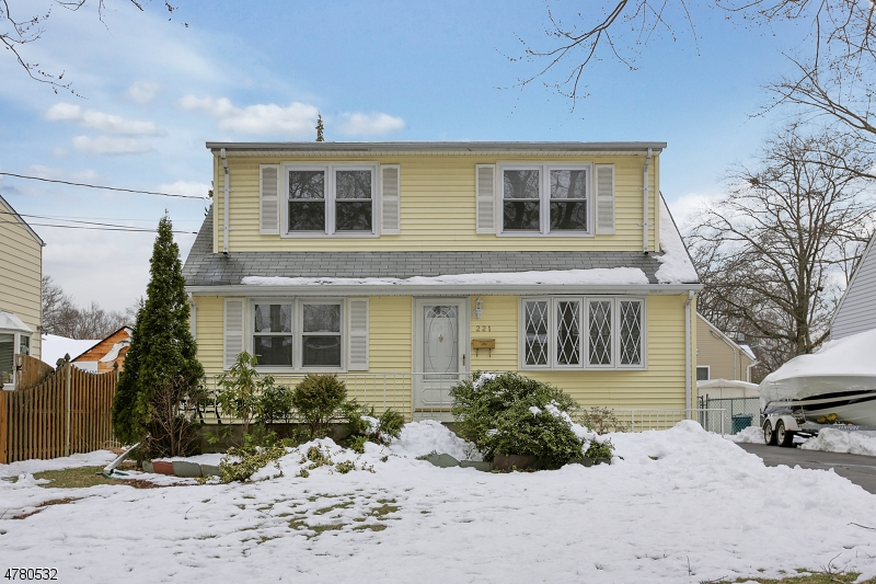 221 Forest Rd Fanwood Boro, NJ 07023 - MLS #: 3453347