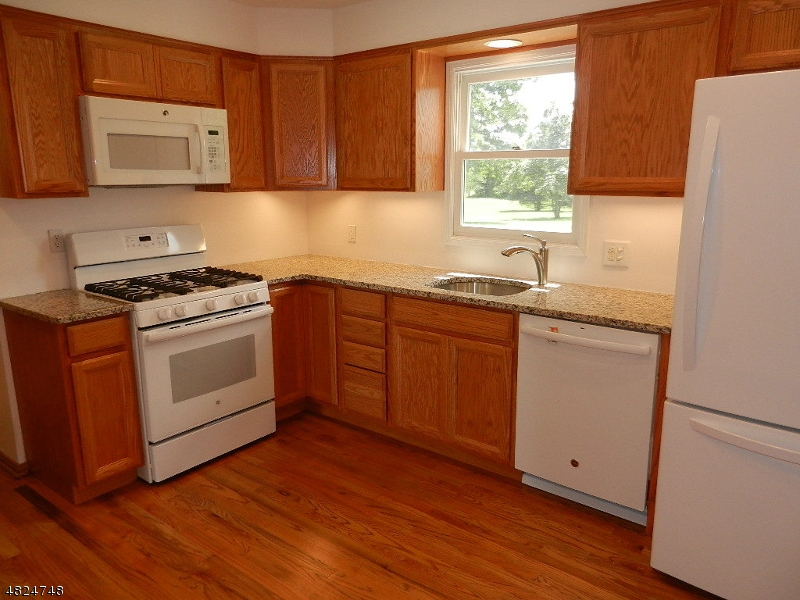 239 TOWNSHIP LINE RD Montgomery Twp., NJ 08502 - MLS #: 3489847