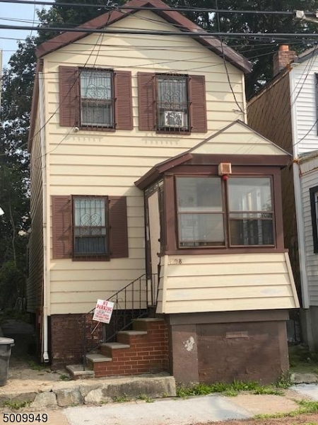 Photo of home for sale at 298 S 20TH ST, Newark City NJ