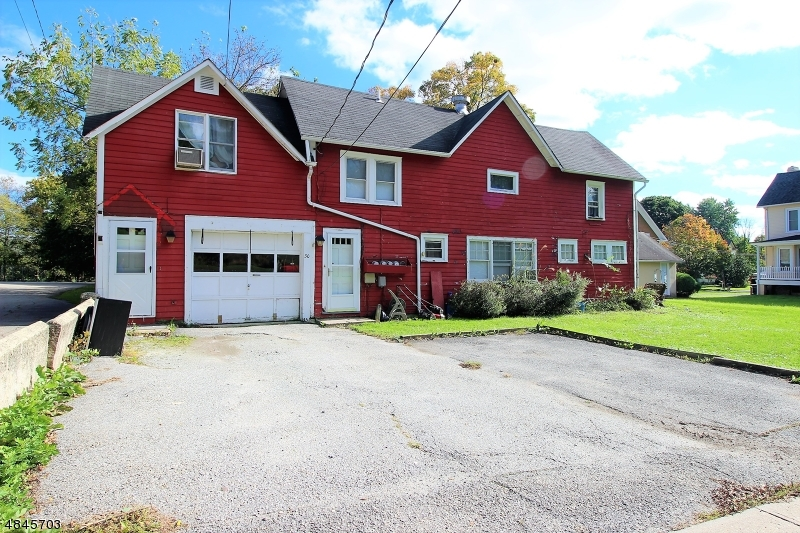 Photo of home for sale at 30 WANTAGE AVE, Branchville Boro NJ