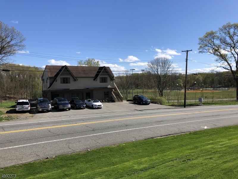 Photo of home for sale at 155 LEDGE-LANDING RD, Roxbury Twp. NJ
