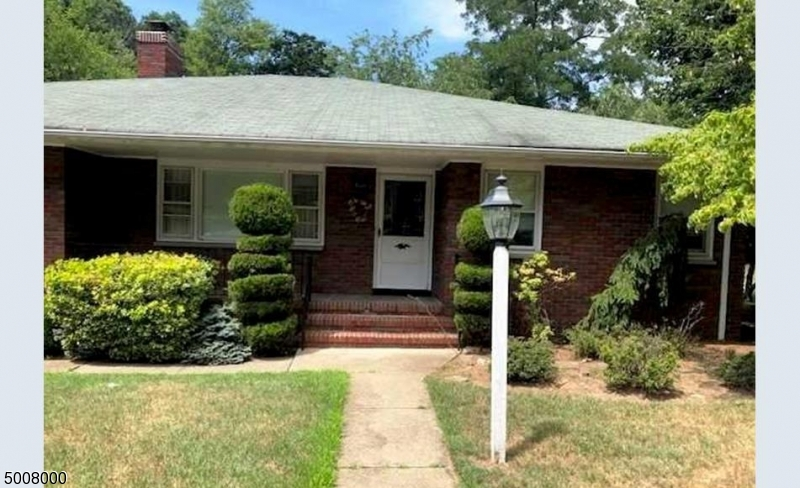 Photo of home for sale at 59 MANCHESTER AVE, North Haledon Boro NJ