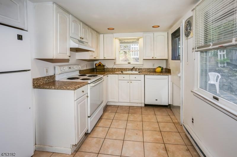 435 E Shore Trl Sparta Twp., NJ 07871 - MLS #: 3424449