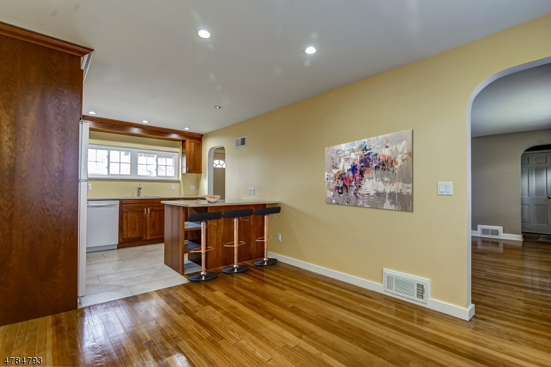 244 Forest Dr Union Twp., NJ 07083 - MLS #: 3453349