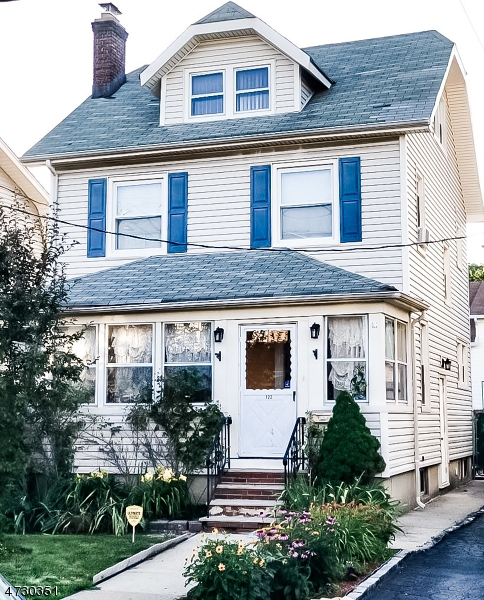 122 Lexington Ave, Bloomfield Township, NJ 07003
