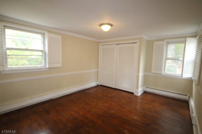 46 Oak Tree Ln Sparta Twp., NJ 07871 - MLS #: 3424450