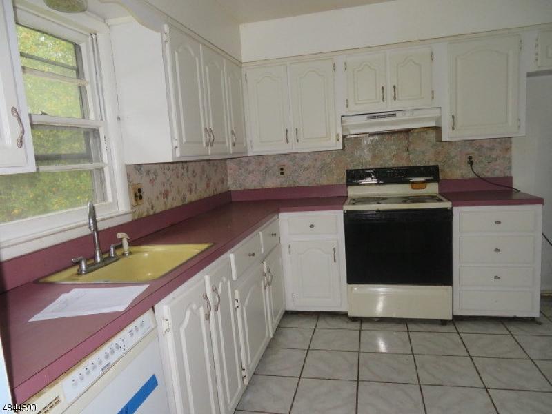 34 OKLAHOMA TRL Hopatcong Boro, NJ 07843 - MLS #: 3508250