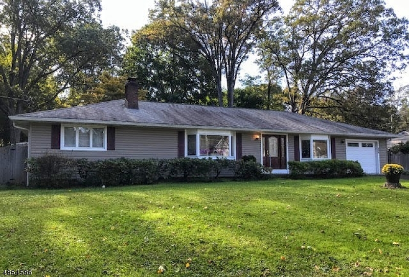 Photo of home for sale at 216 GLEN RD, Sparta Twp. NJ