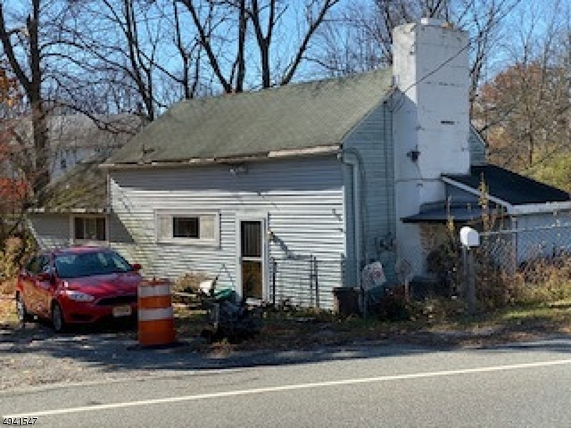 Photo of home for sale at 99 KENNEDY RD, Green Twp. NJ