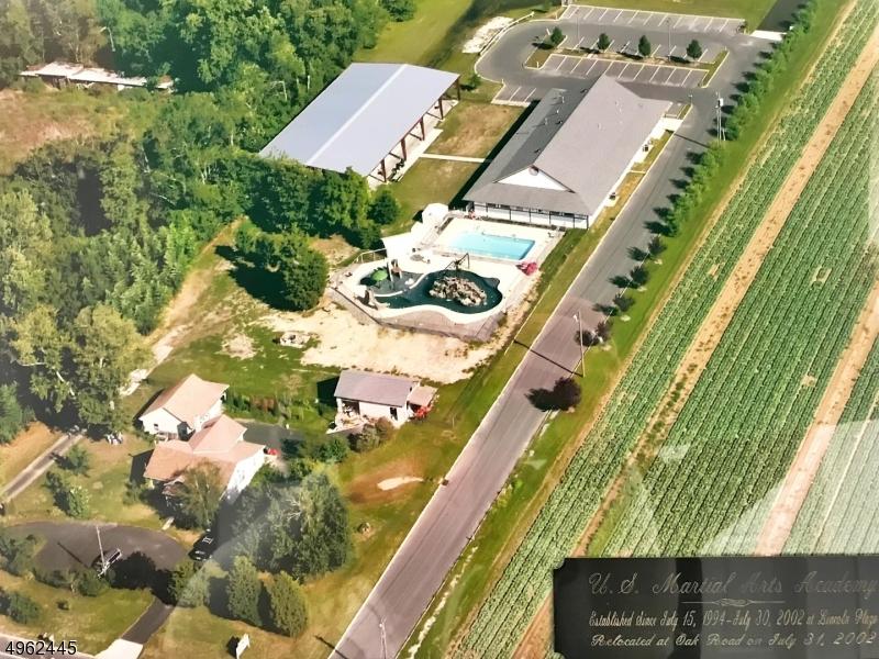Photo of home for sale at 3390 E OAK RD, Vineland City NJ