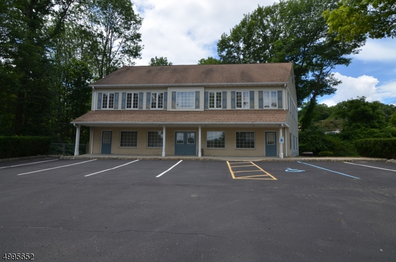 Photo of home for sale at 1850 ROUTE 46, Roxbury Twp. NJ
