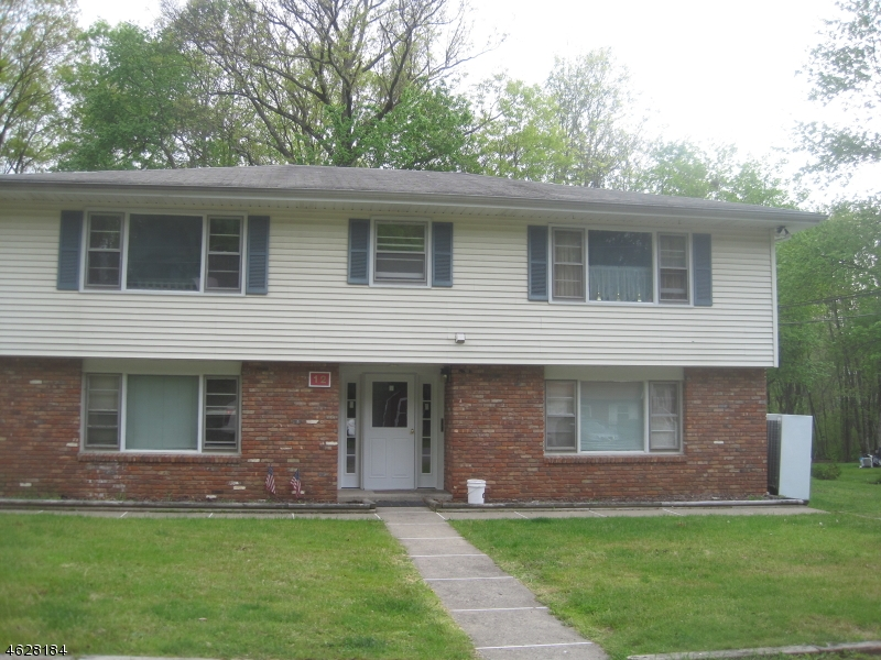 Photo of home for sale at 12 Little Paint Way, Byram Twp. NJ