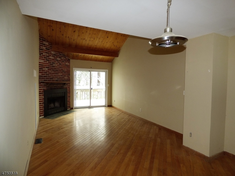 613 SLEEPY HOLLOW RD Montague Twp., NJ 07827 - MLS #: 3452051