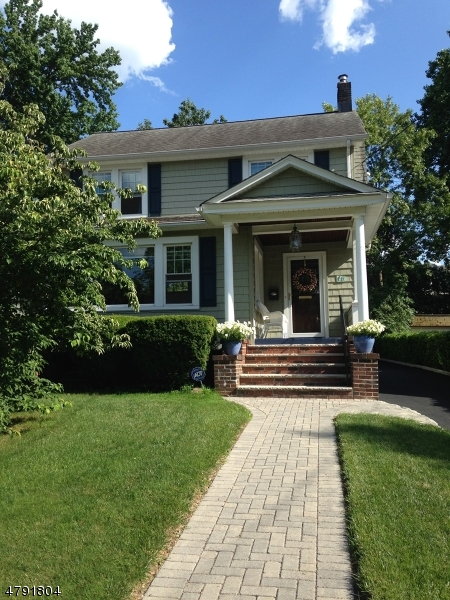 Property for sale at 16 W Holly St, Cranford Twp.,  NJ  07016