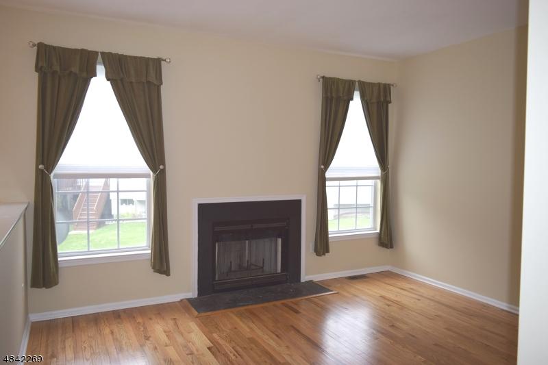 8 GORDON CIR Parsippany-Troy Hills Twp., NJ 07054 - MLS #: 3508451