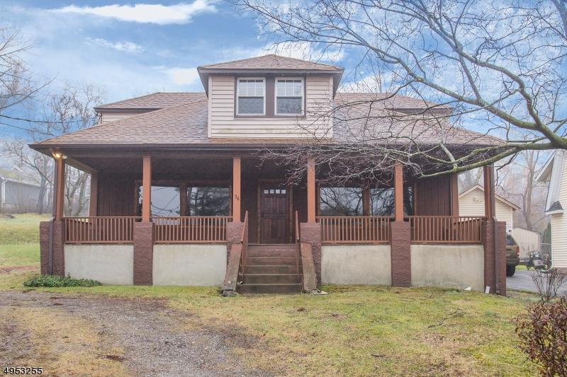 Photo of home for sale at 36 E Shore Rd, Greenwood Lake NJ