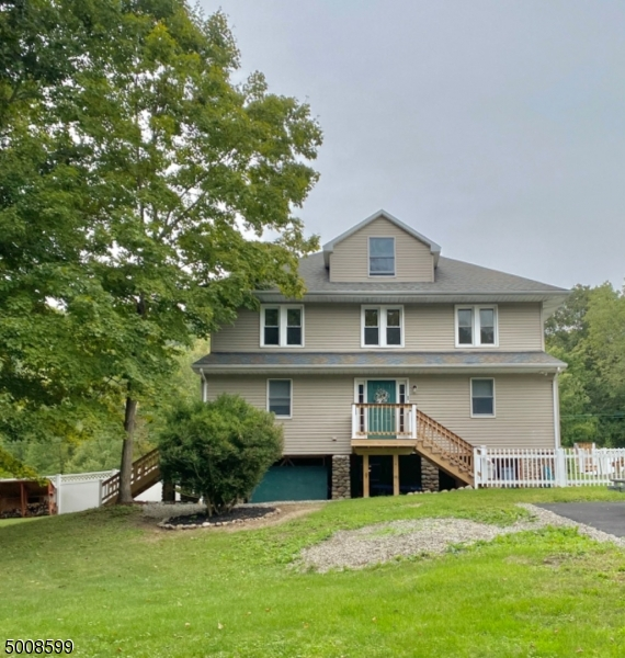 Photo of home for sale at 1 Eugenia Lane, Jefferson Twp. NJ
