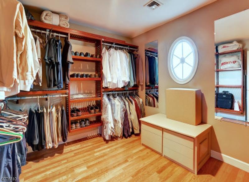 12 Anne Ave Ramsey Boro, NJ 07446 - MLS #: 3445352