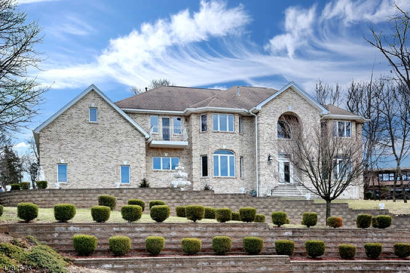 710 Alps Rd Wayne Twp., NJ 07470 - MLS #: 3450752