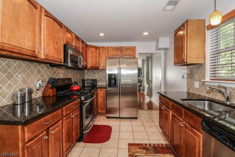 708 E FRONT ST Plainfield City, NJ 07060 - MLS #: 3480652