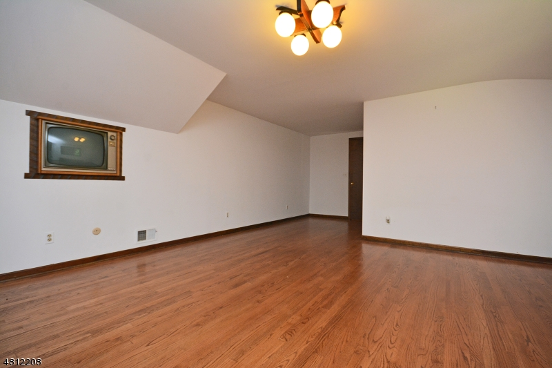 45 DUG WAY Watchung Boro, NJ 07069 - MLS #: 3478453