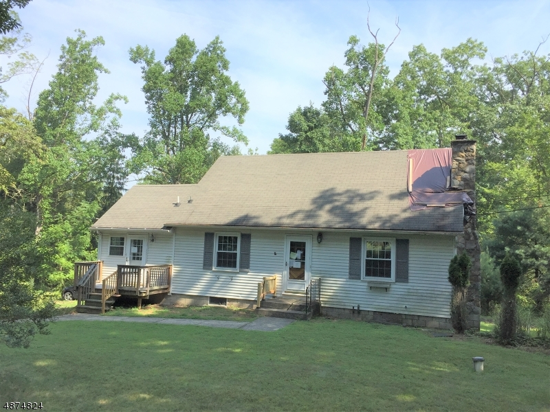 Photo of home for sale at 72 ROUTE 519, Pohatcong Twp. NJ