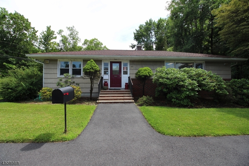 Photo of home for sale at 52 NEWTON SPARTA RD, Andover Twp. NJ