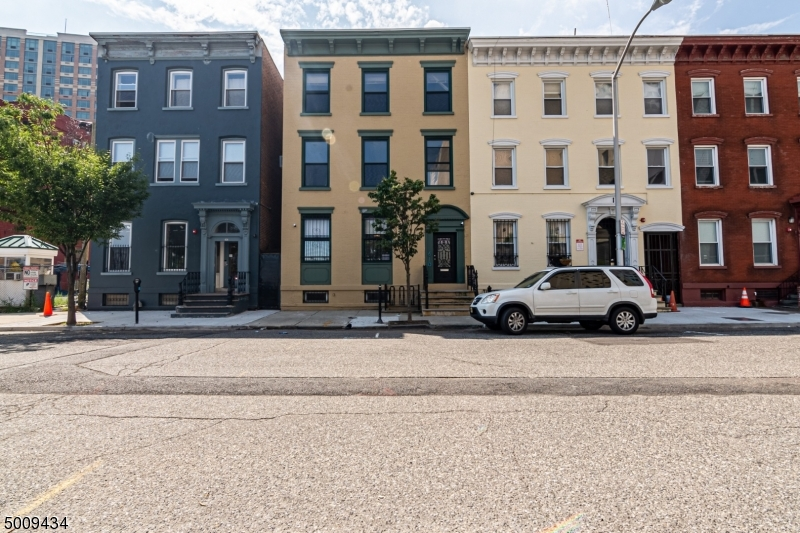 Photo of home for sale at 21 FULTON ST, Newark City NJ