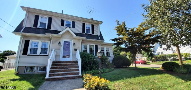 Photo of home for sale at 54 PARK AVE, Garfield City NJ