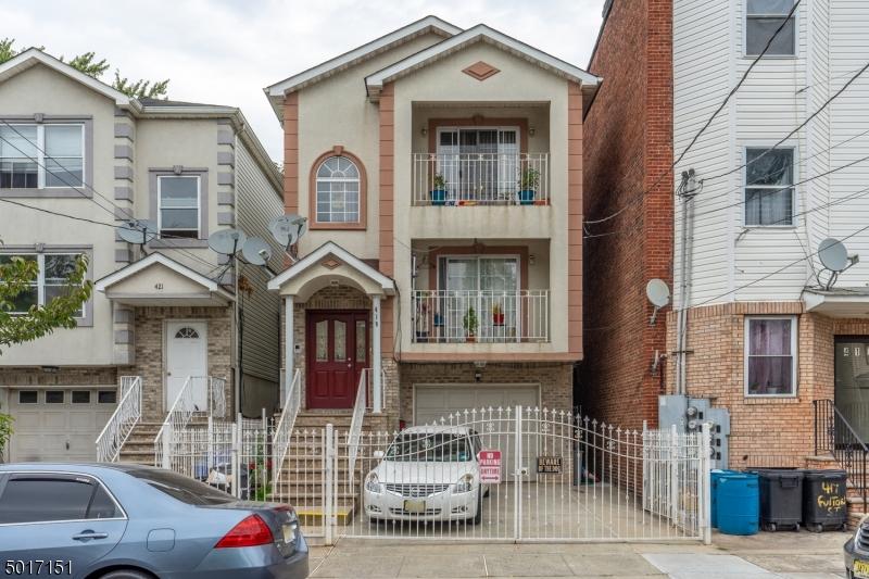 Photo of home for sale at 419 FULTON ST, Elizabeth City NJ