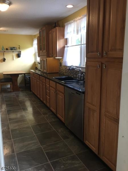 114 Lower Landsdown Rd Franklin Twp., NJ 08801 - MLS #: 3398254