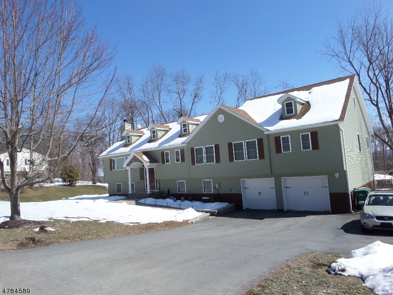 16 SLAYTON RD Vernon Twp., NJ 07418 - MLS #: 3452654