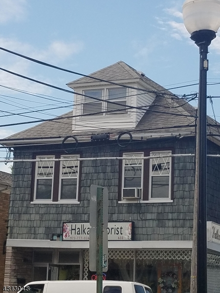 633 VAN HOUTEN AVE Clifton City, NJ 07013 - MLS #: 3478954
