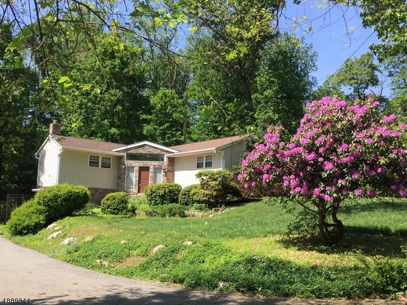 Photo of home for sale at 44 WARE RD, Upper Saddle River Boro NJ