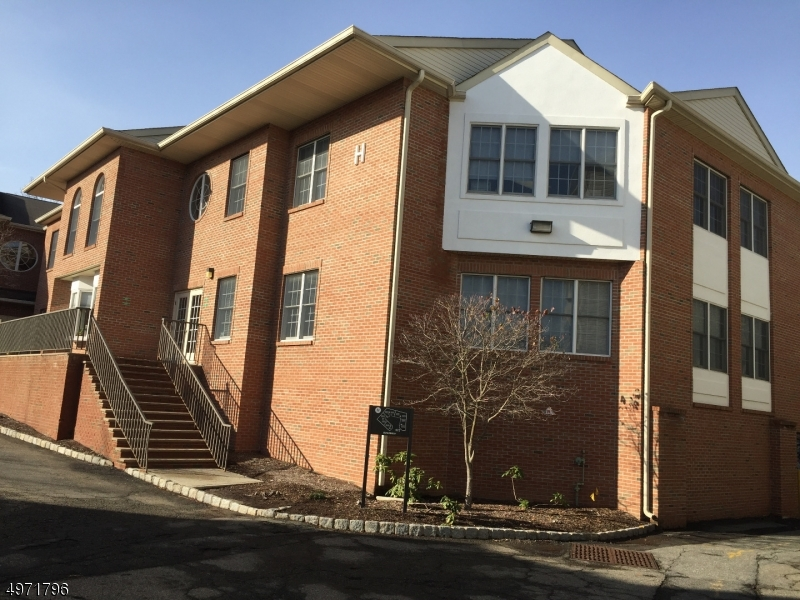 Photo of home for sale at 271 ROUTE 46 Unit H214-215, Fairfield Twp. NJ