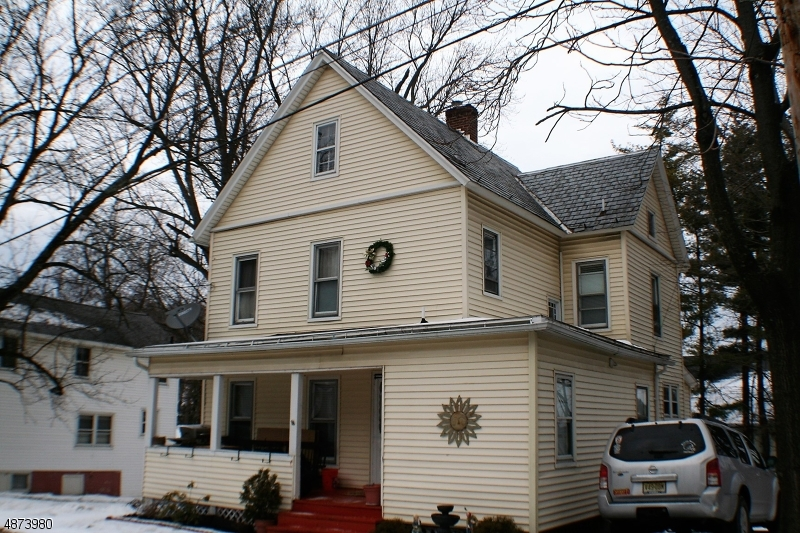 Photo of home for sale at 15 HAMILTON ST, Newton Town NJ