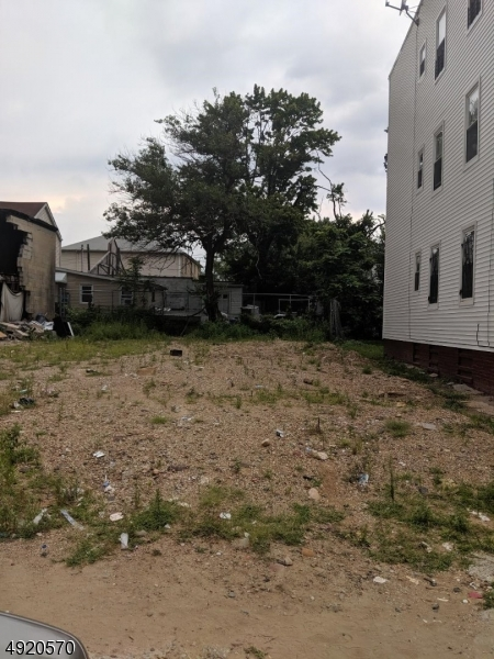 Photo of home for sale at 457 S 18TH ST, Newark City NJ