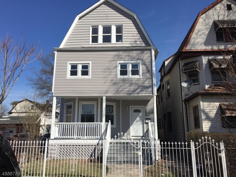 Photo of home for sale at 42 PARK AVE, East Orange City NJ