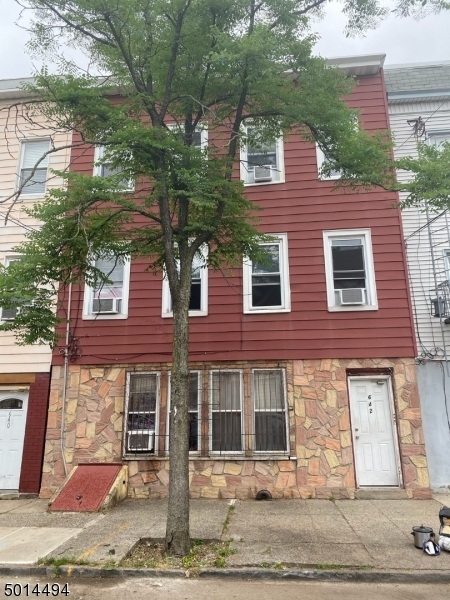 Photo of home for sale at 642 5TH ST, Newark City NJ