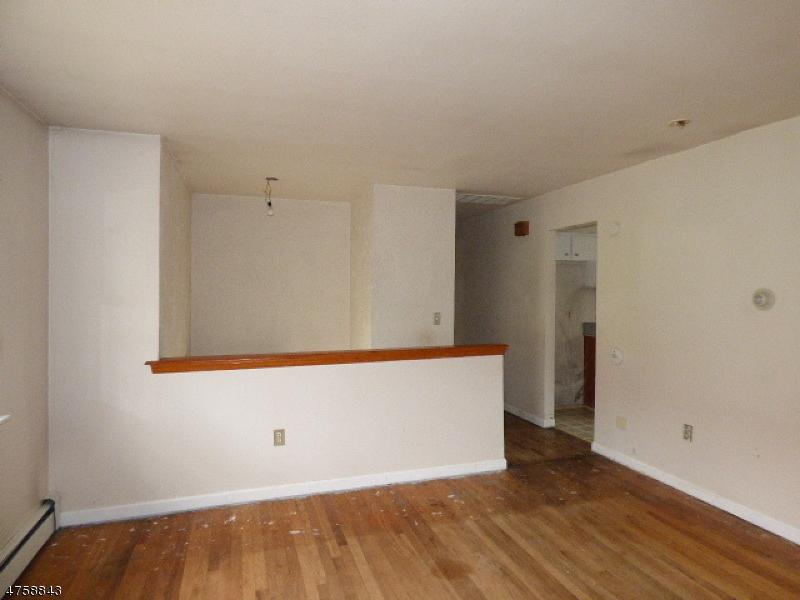8 Lincoln Ave Ogdensburg Boro, NJ 07439 - MLS #: 3429556