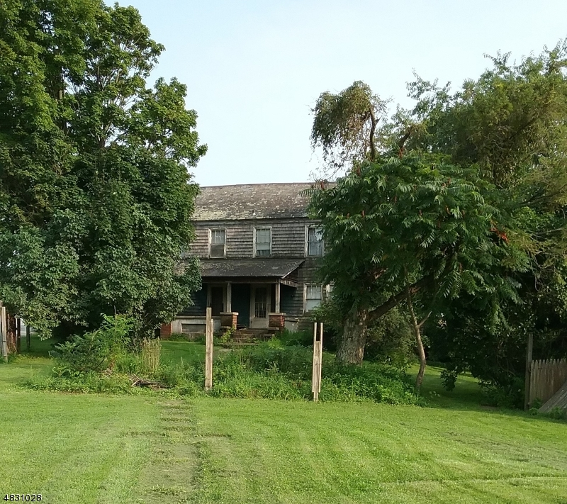 Photo of home for sale at 125 THOMAS RD, Mansfield Twp. NJ