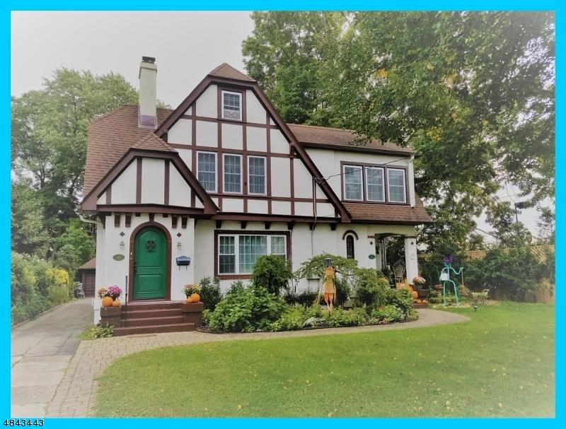 Photo of home for sale at 101 n Walnut st, Ridgewood Village NJ