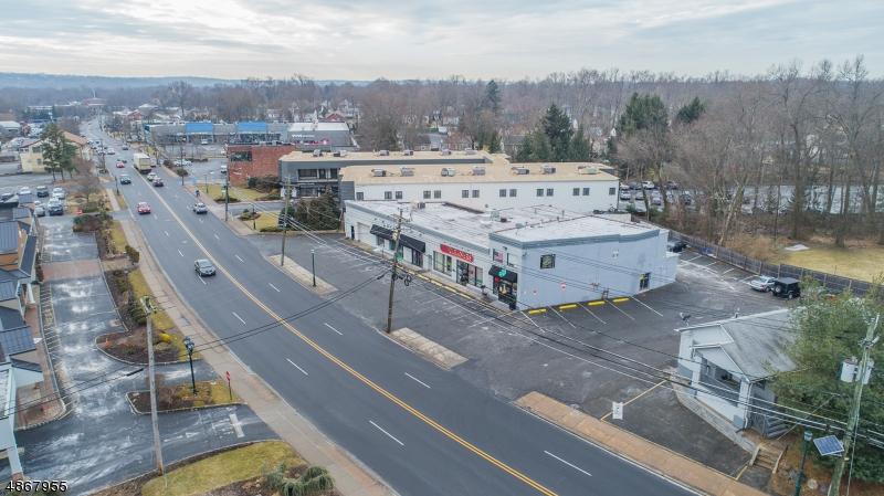 Photo of home for sale at 142 S LIVINGSTON AVE, Livingston Twp. NJ