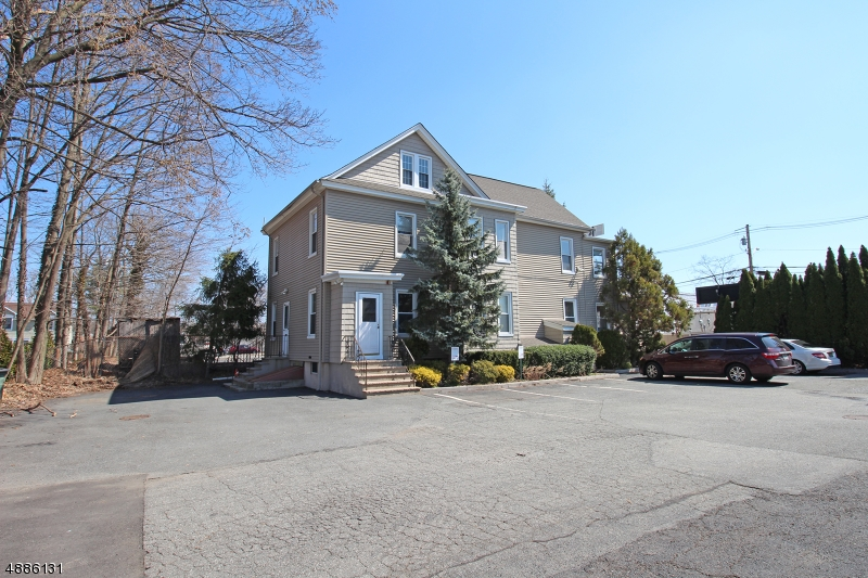 Photo of home for sale at 6 ELM ST, Oakland Boro NJ