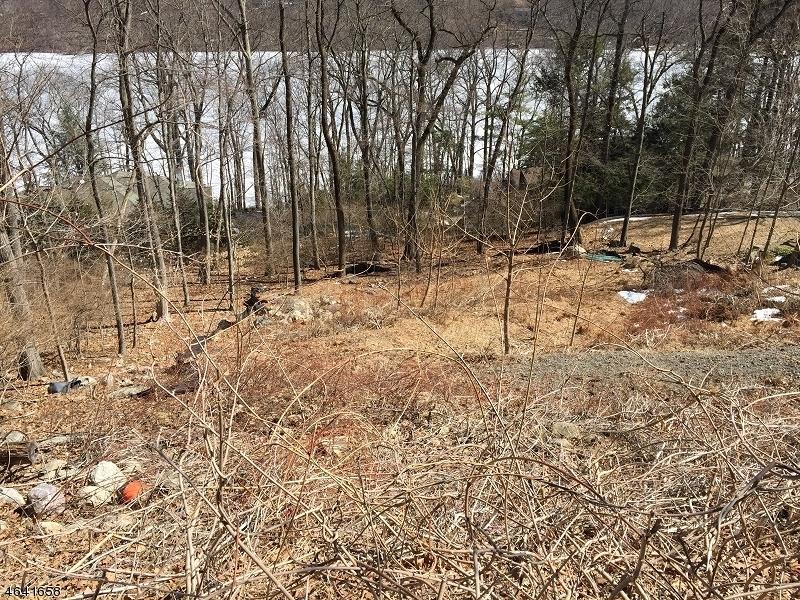 Property for sale at 21 Rockledge Rd, Montville Township,  NJ 07045